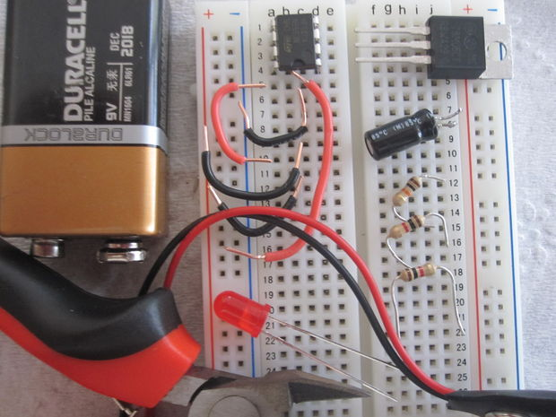 555 Timer IC / Flasher Schaltung - genstr.com