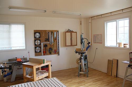 eine werkstatt einrichten. Black Bedroom Furniture Sets. Home Design Ideas