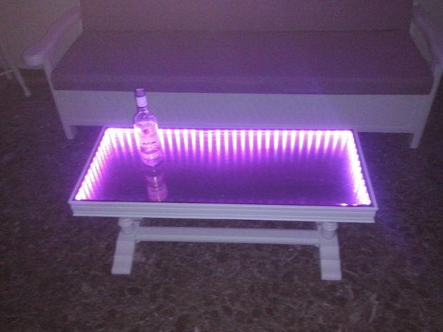 unendlichkeit spiegel couchtisch. Black Bedroom Furniture Sets. Home Design Ideas
